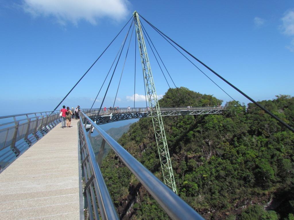 Sky Bridge1