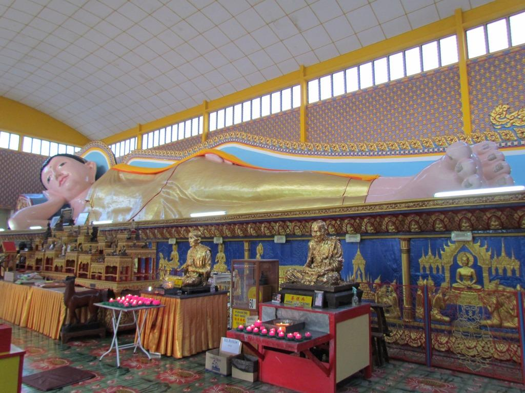 Temple of the Reclining Buddha2